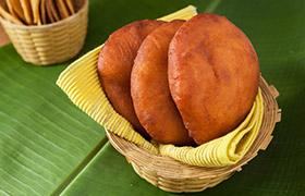 Mangalore Banana Poories